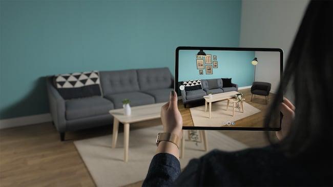 Apple_new-iPad-Pro-AR-screen-4_03182020.jpg