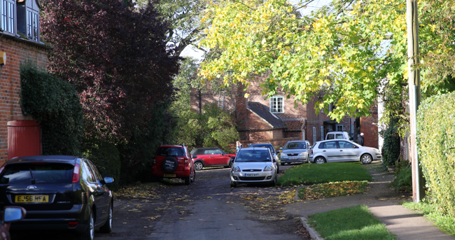 Bottesford_with_cars.png