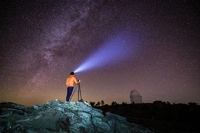 Canon EOS Ra shoots for the stars.jpg