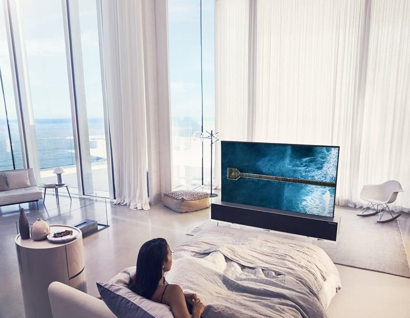 LG OLED TV R Full 02.jpg