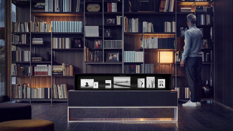 LG OLED TV R Line 01.jpg