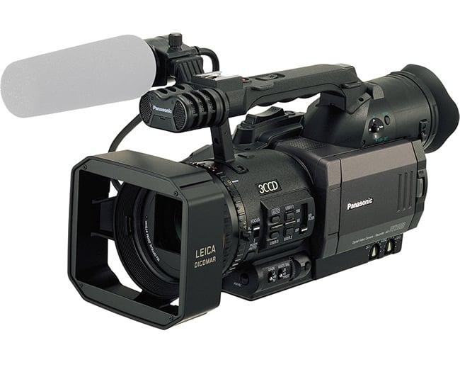 Panasonic_AGDVX100B_AG_DVX100B_3CCD_24p_Mini_DV_406855-1.jpg