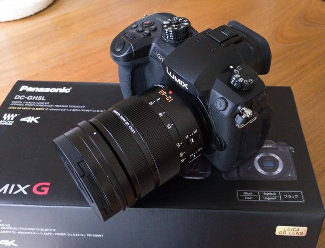 Panasonic_GH5_Unboxing-8.jpg