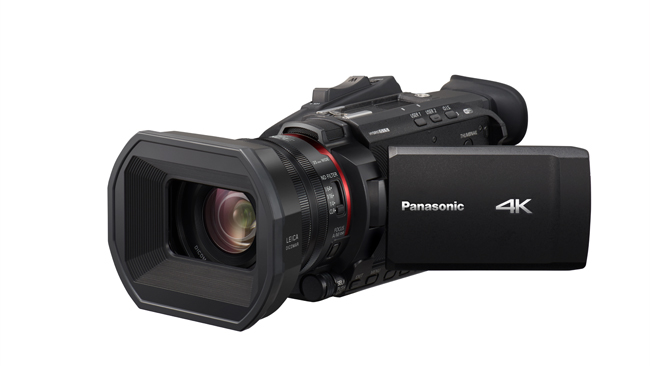Panasonic X1500_slant_LCD.jpg