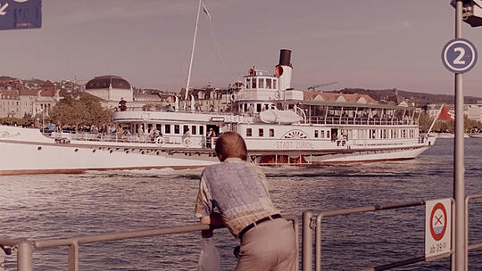 Real paddle steamer