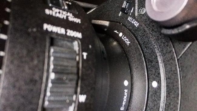 Sony-FS7II-Lens-Mount.jpg
