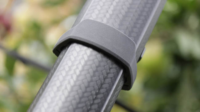 Telescoping carbon fibre sections  form a neat round profile when folded.JPG