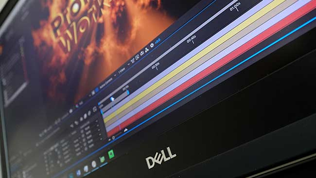 The 4K display & 8K resolution make this workstation a good choice for video professionals.jpg
