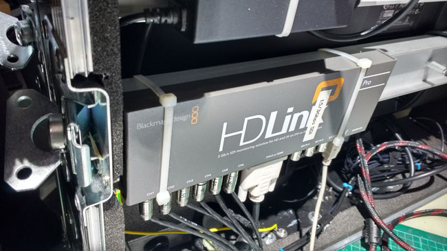 The_Blackmagic_HDLink_installed_in_a_flight_case_with_accompanying_display.jpg