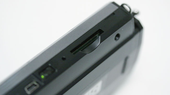 The CV600 allows data to be saved  to an SD card, including both JPEG images and spreadsheets of mathematical  data.JPG