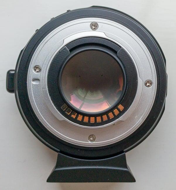 Viltrox-EF-M2-adapter-3.jpg