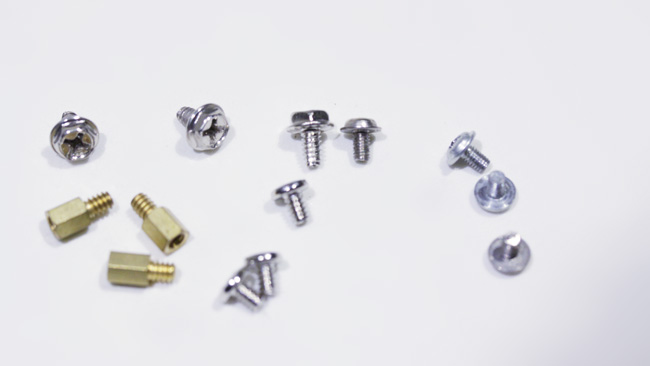 Yes, this is a picture of screws On the left, 6-32 UNC screws On the right, M3 Learn the difference.jpg