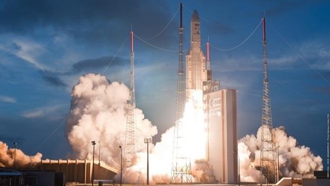 © ESA-CNES-ARIANESPACE / Photo Optique Vidéo CSG
