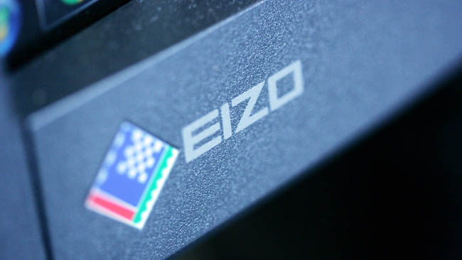 eizo_CG277_badge.JPG