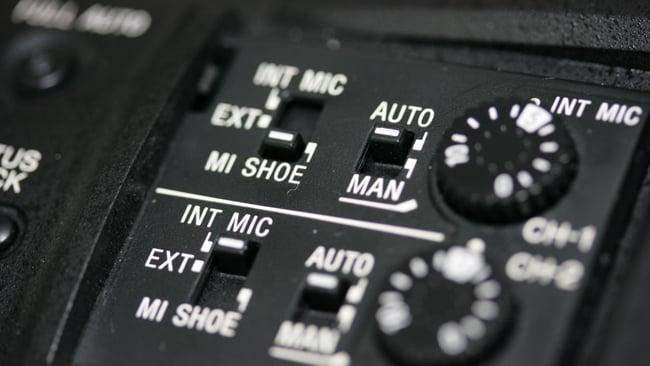 rsn_PXW-X180_audio_controls.JPG