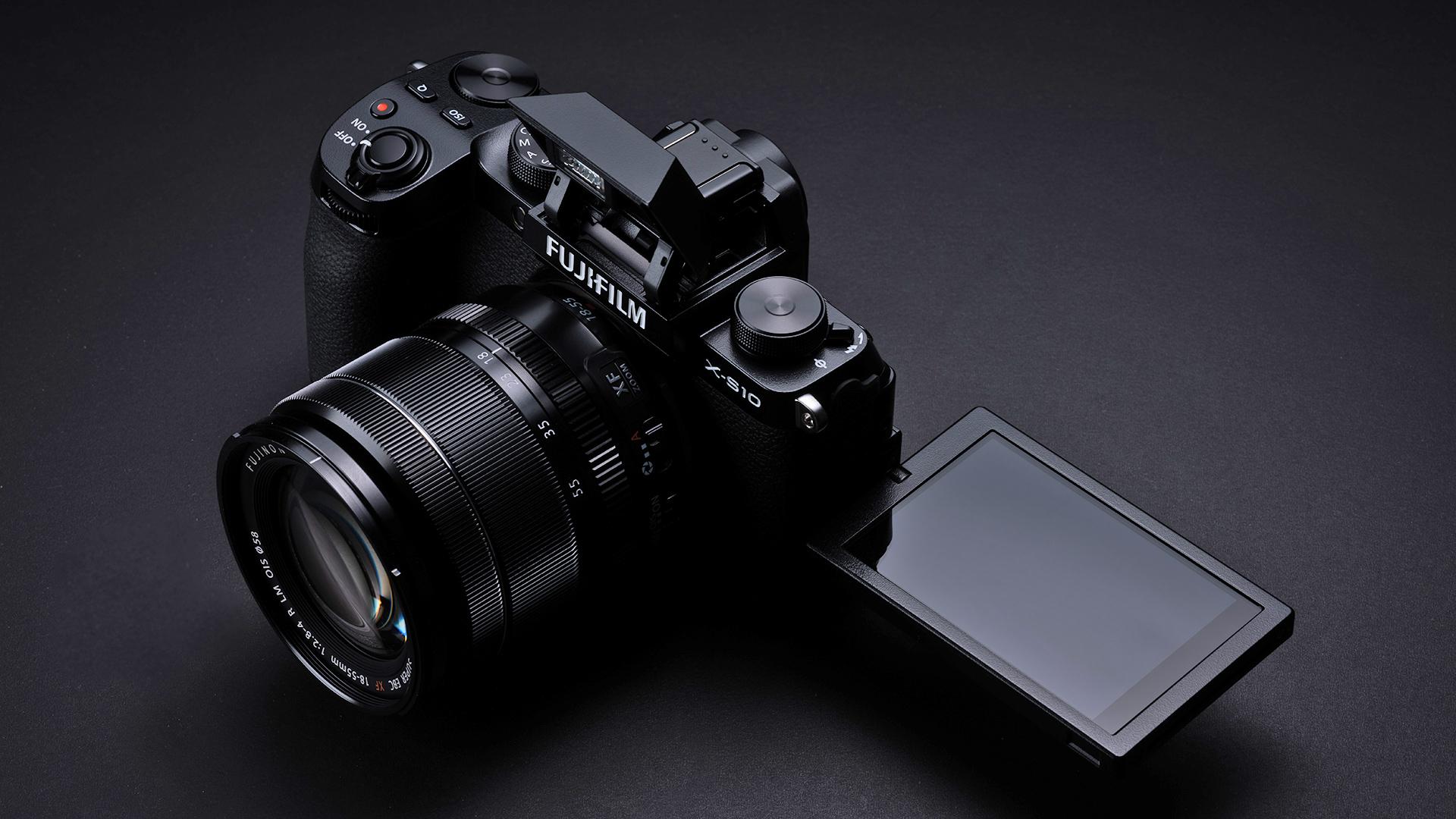 FUJIFILM's new X-S10 mirrorless camera. Image: FUJIFILM.