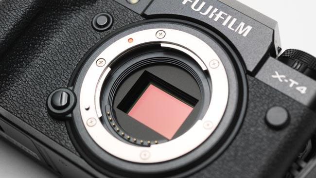 Fujifilm X-T4 review lens mount