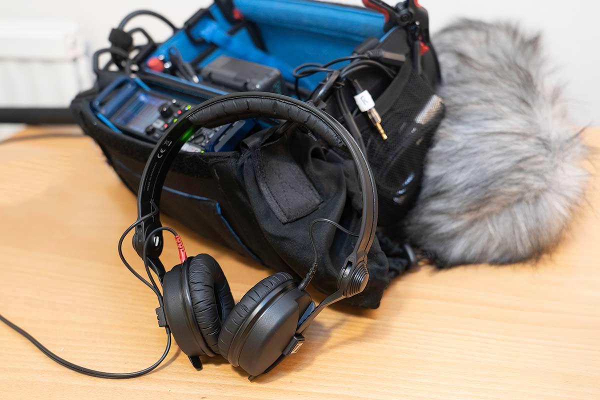 The Sennheiser HD25s headphones with audio kit.