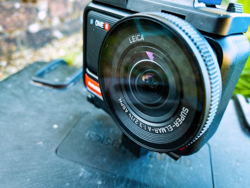 insta360 ONE R 1-Inch Edition lens.