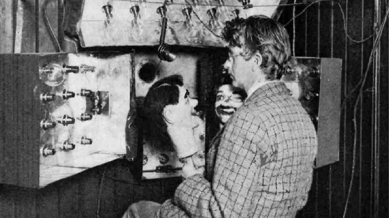 John Logie Baird with Stooky Bill. Image: Public Domain.