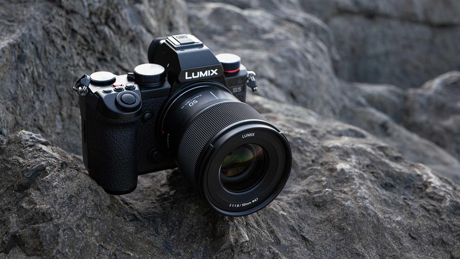 The new LUMIX S 50mm f/1.8 lens. Image: Viviana Galletta.