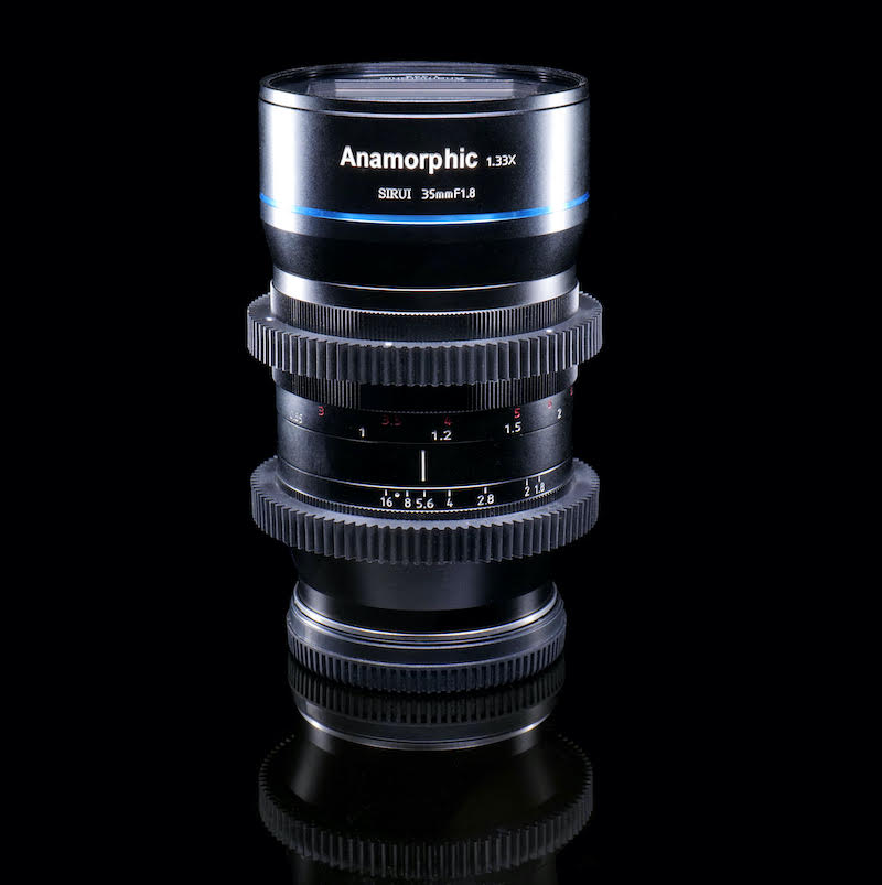 Sirui 35mm anamorphic lens for L Mount. Image: MTF Services.