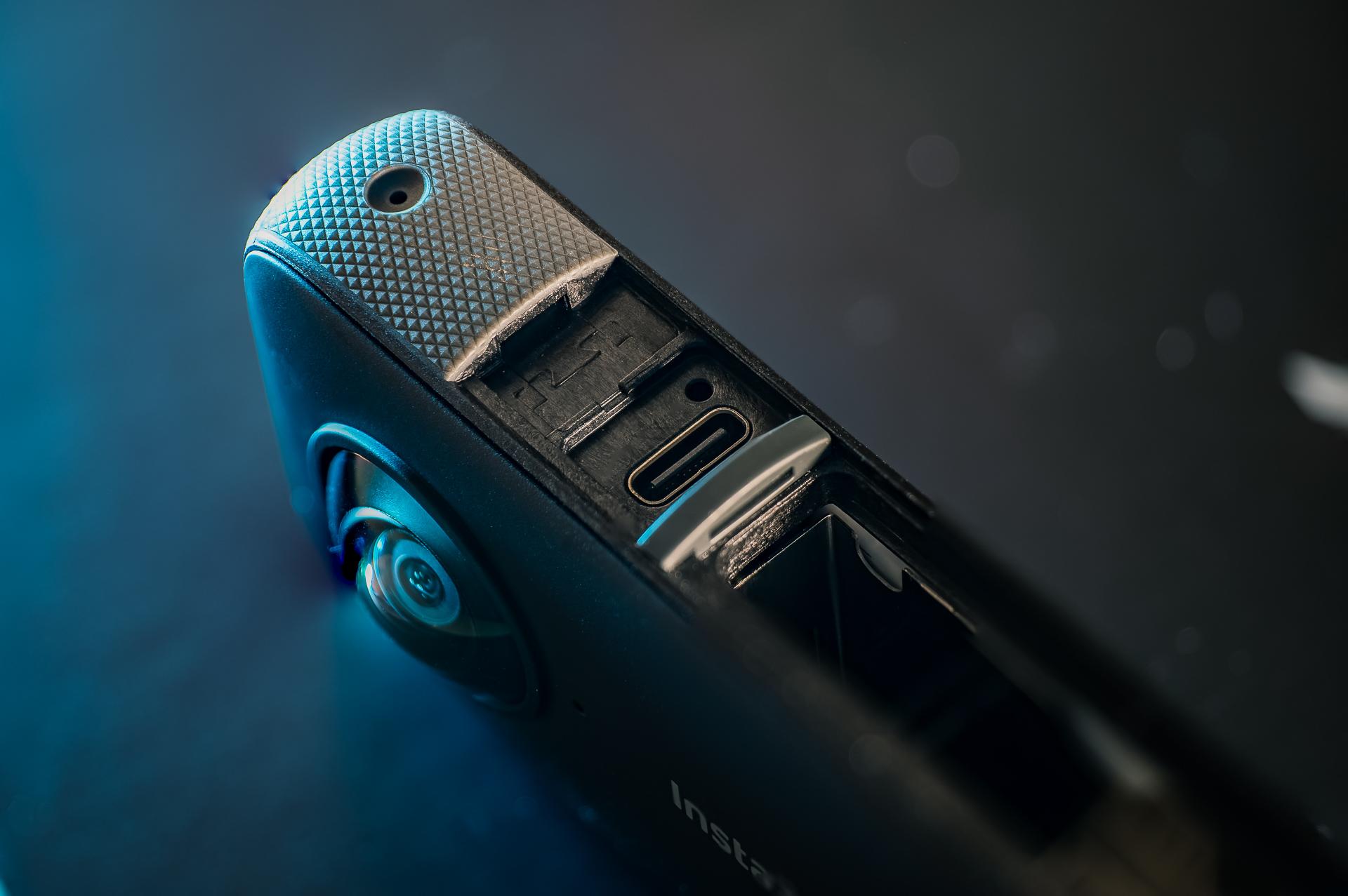Insta360 ONE X2 USB-C port.
