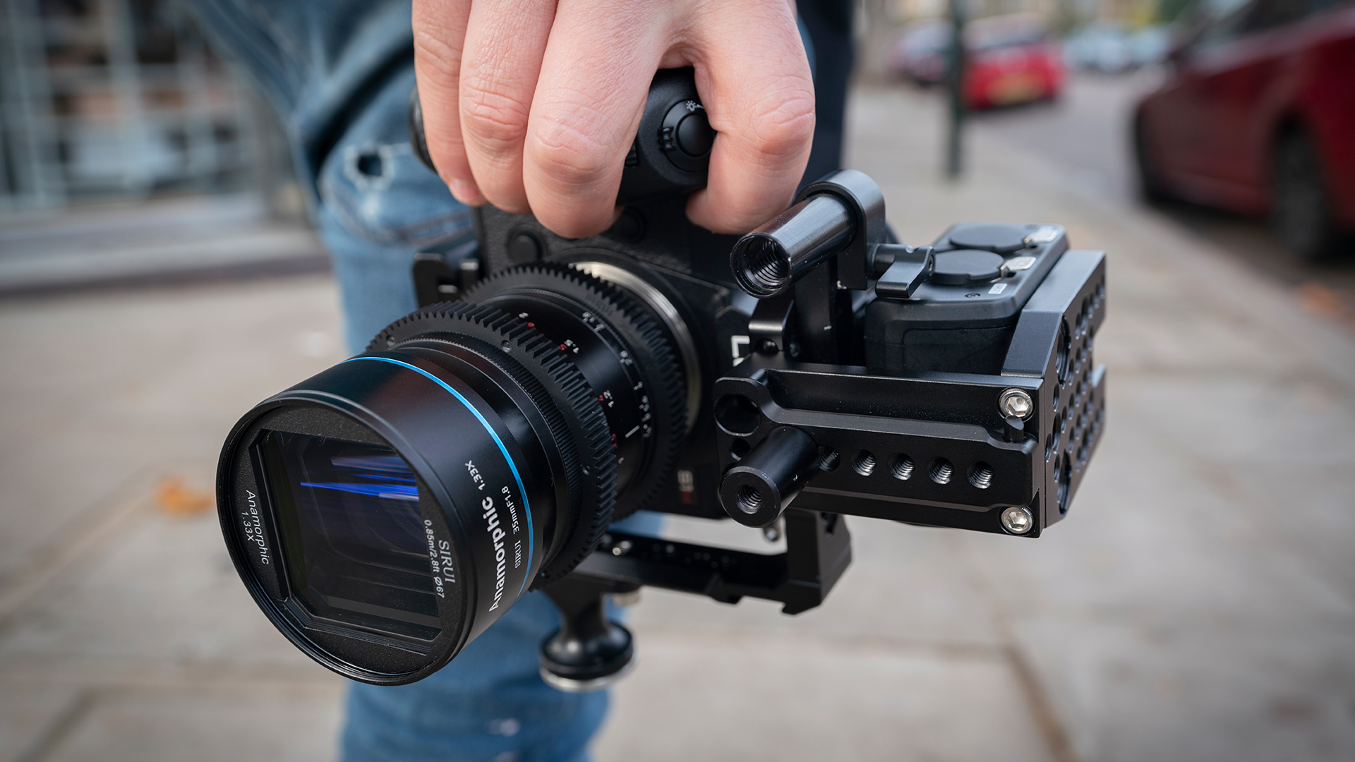 Sirui's anamorphic lenses can now be used on L Mount cameras. Image: MTF Services.