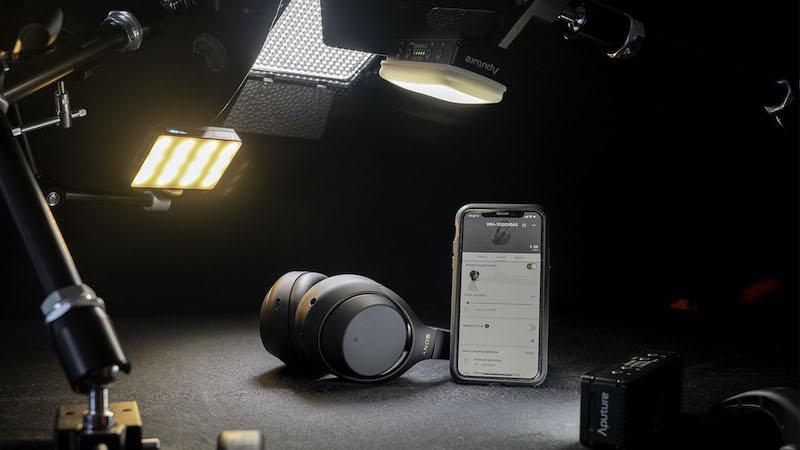 Sony WH-1000XM4.